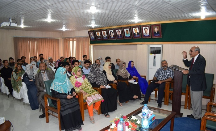 Participants during lecture of Prof. Dr. Anwarul Hassan Gilani, ex Chairman Pakistan Council for Science and Technology (PCST) on How Fasting Can Improve Health and Promote Wellness at PASTIC National Centre, Islamabad.