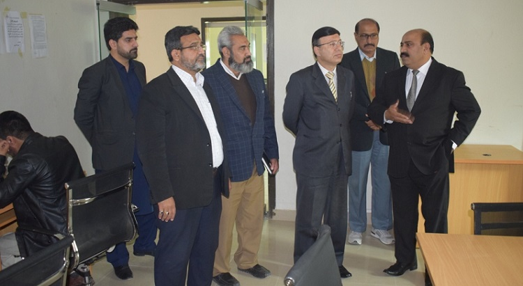 Prof. Dr. Akram Shaikh, Director General PASTIC along with senior officials of PASTIC National Centre visiting E-Library, Rawalpindi on 16th March 2019.